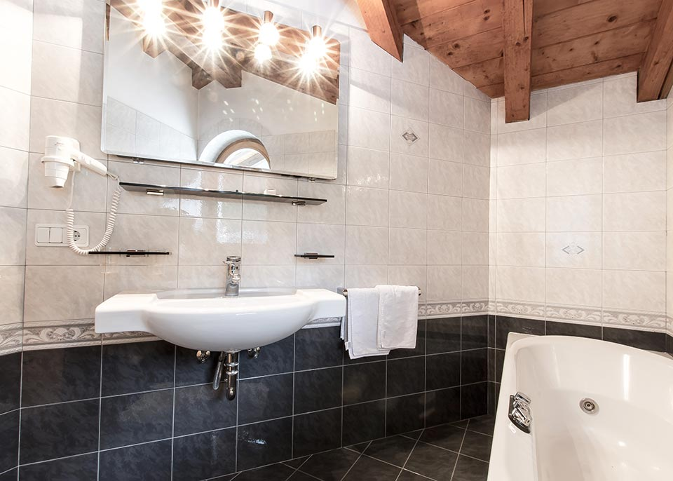 Vasca Da Bagno Zaffiro : Zaffiro luxury costa adricatica abruzzo teramo